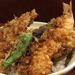 天三 - 季節の天丼 1200円(税込)(かき・えび・きす・野菜2品)