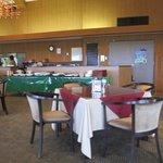 オーシャンパレスゴルフクラブ グリーンビュー - ゴルフ場のクラブハウスの2階のレストラン「グリーンビュー」では多彩なメニューで来客者を楽しませてくれますよ。