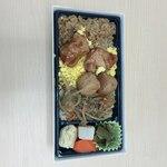 79810837 - 「鳥めし弁当」(850円)