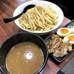 春樹 - つけ麺SP 大盛550g(930円)