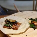 明道町中国菜 一星 - 葉にんにくと皮付きバラ豚の回鍋肉