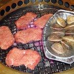 千壽 - タン塩とアサリ