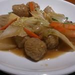 鴻 - ○白菜と肉団子の煮込み
