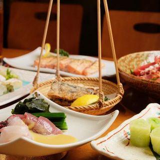 職人の自慢料理がたっぷり愉しめるコースは4,000円~ご用意