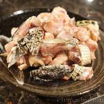 聚福楼 - ワニ肉