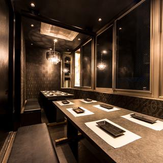 完全個室も!ロマンチックなムードたっぷりの店内◆