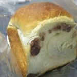 79832458 - あん食パン