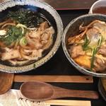 肉うどんの丸十 - かすうどん(小)と炭焼き鶏の親子丼(小)