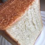 アムヌウ - 角食