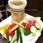 角屋 - 季節野菜のバーニャカウダ(税別1,260円)