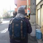 Aoshimashokudou - やっぱり・・・、行列しているわ・・・。