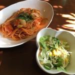 ビーンズ - 料理写真:パスタランチでナポリタンスパゲッティ
