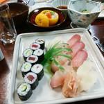 健寿司 - 握り寿司、巻物