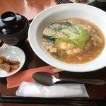 美野雲飯店 - フカヒレかけご飯