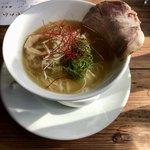 林檎堂 - 料理写真:焼きアゴ煮干し中華ソバ