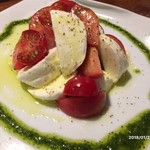 79850450 - トマトとモッツァレラチーズ