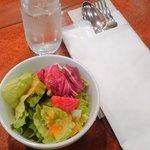 椿屋珈琲店 有楽町茶寮 - 湘南野菜のサラダ。