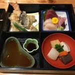 割烹ゐの上 - ゐの上セットの天ぷら、刺身、炊合せ