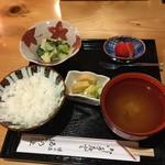 割烹ゐの上 - 酢の物、ごはん、漬物、味噌汁、デザート