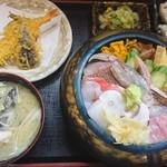 79853547 - 近海地魚ちらし(松)