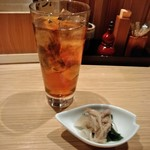 酉桂 - [料理] Ice烏龍茶 & お通し