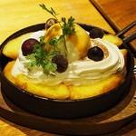 上野テラス - 「鉄板フレンチトースト~贅沢な花畑牧場の生キャラメルソース~」