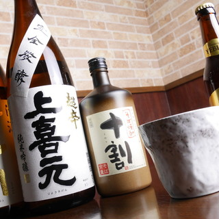 こだわりの純米酒とそば焼酎。夜は大人の蕎麦ダイニングに。
