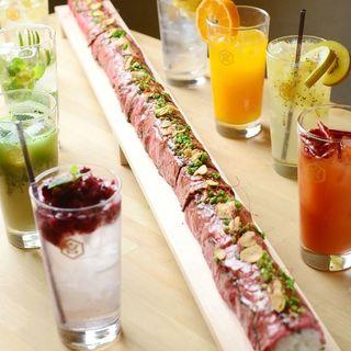 ロング牛肉寿司とふわふわスフレチーズフォンデュの記念日コース