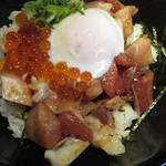 79874747 - 【ランチ】 海鮮丼 \880