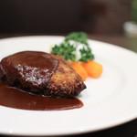 キッチン心 - 料理写真:デミグラスソースのハンバーグステーキ☆