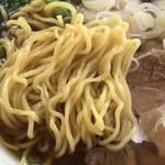 かつ源 - 麺アップ