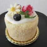 79877854 - 【蜂蜜とクリームチーズのケーキ 360円】