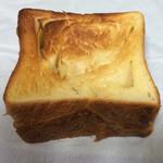 79880829 - デニッシュ生地のパン(リベイク)