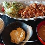 黒酢南蛮定食たかもとや - 料理写真:メニューはこれのみ。潔し。780円