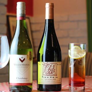 オーナーシェフ厳選のワインで幸福なひとときを…♪