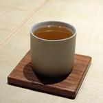 TTOAHISU - ◆Wコンソメ・・スペシャリテですね。旨みを感じて美味しい。