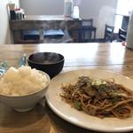 やきそば専門店 ばんばん - 料理写真:豚焼きそば定食500円です♪(2018.1.25)