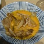 角常食堂 - 舞茸が入った肉鍋は初めて 舞茸の香りと、甘辛の鍋つゆが 染みた味は抜群です