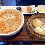雲龍 一包軒 - 白ごま担々麺セット1,382円