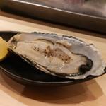 不動前 すし 岩澤 - 諫早湾産牡蠣