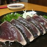 実家カフェ山田 - 料理写真:かつおの藁焼き塩タタキ