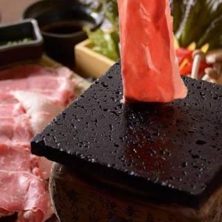 桜肉すき焼き・しゃぶしゃぶが旨い!