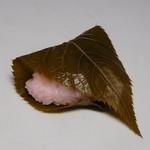 御菓子司 宝来軒 - 桜餅