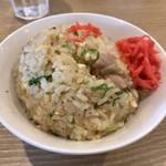 コムギノキラメキ - Wセット(チャーハン)500円(半チャーハン、餃子3個、からあげ2個)