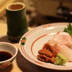 京屋 - 鯛と赤ウニのお造り