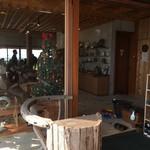 土花土花 - 陶器の販売エリア