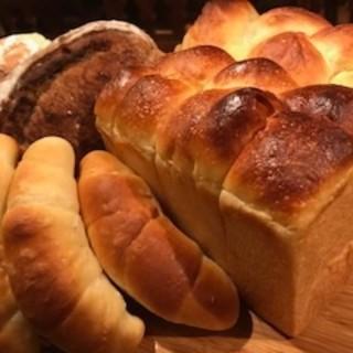ここでしか食べられない本格自家製パン♪