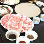 野崎肉店食事処 - コース二人前で3000円