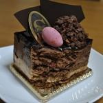 ケーキハウスショウタニ  - チョコレートケーキの断面
