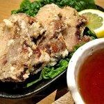 かんしゃ(下館ラーメンつくば軒 - これはすごい!三元豚のチャーシューの天ぷらです!
